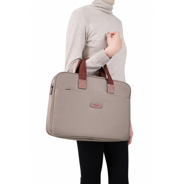 15-and-a4-briefcase-173701 (4)